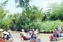 Luxury Group Tour Mekong Cai Rang Floating Mark...